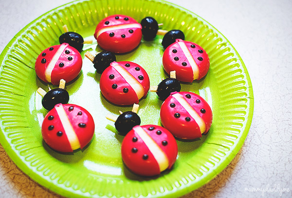 A bug themed party 6