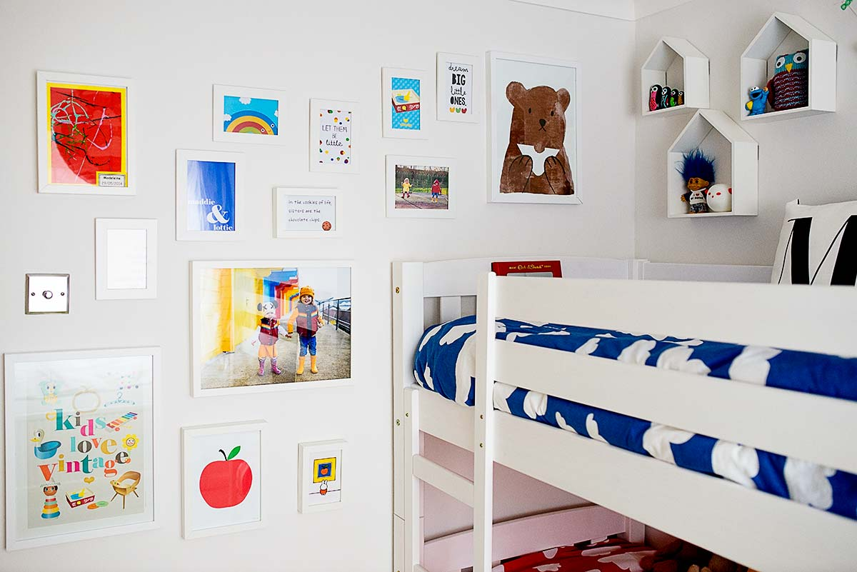 Rainbow_bedroom_20