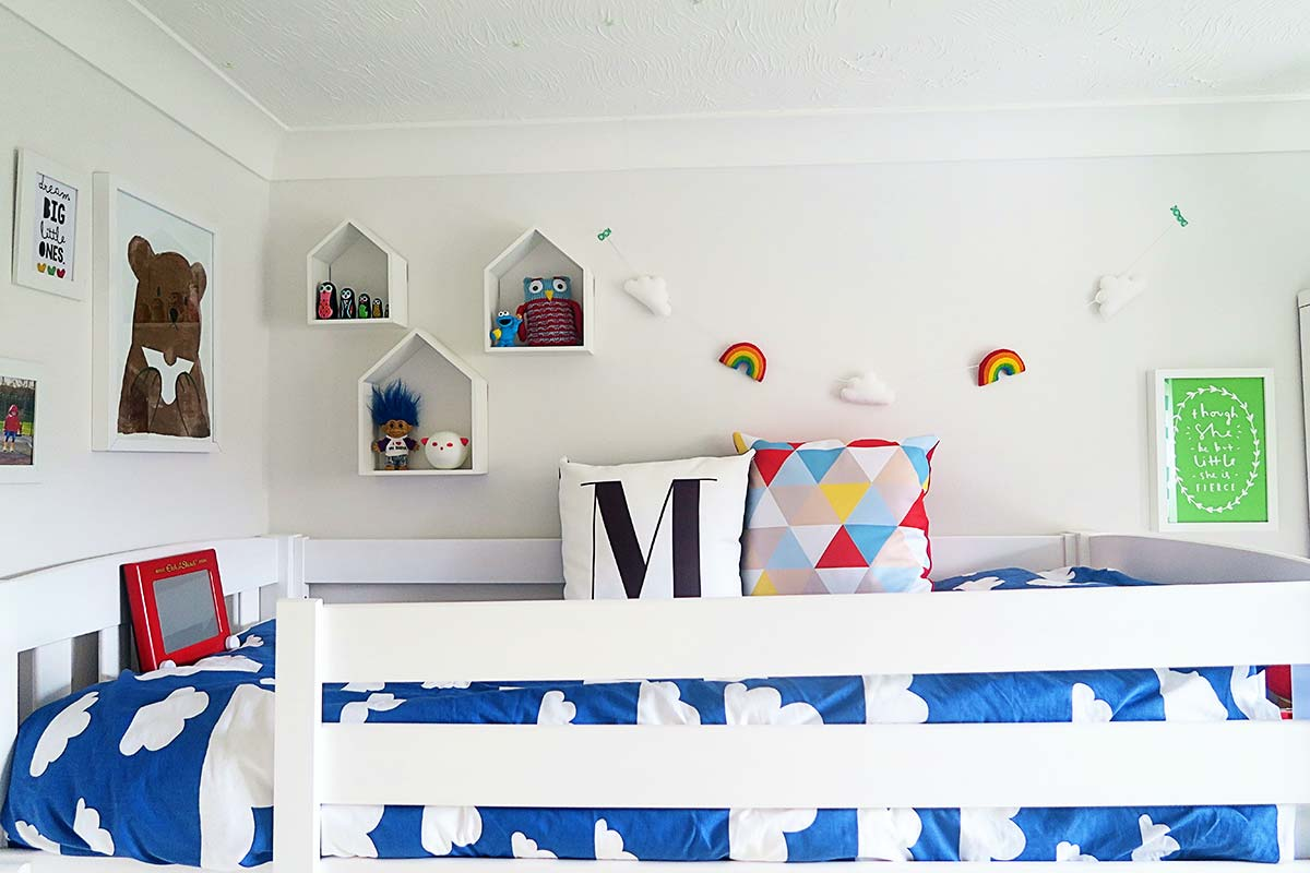 Rainbow bedroom 25
