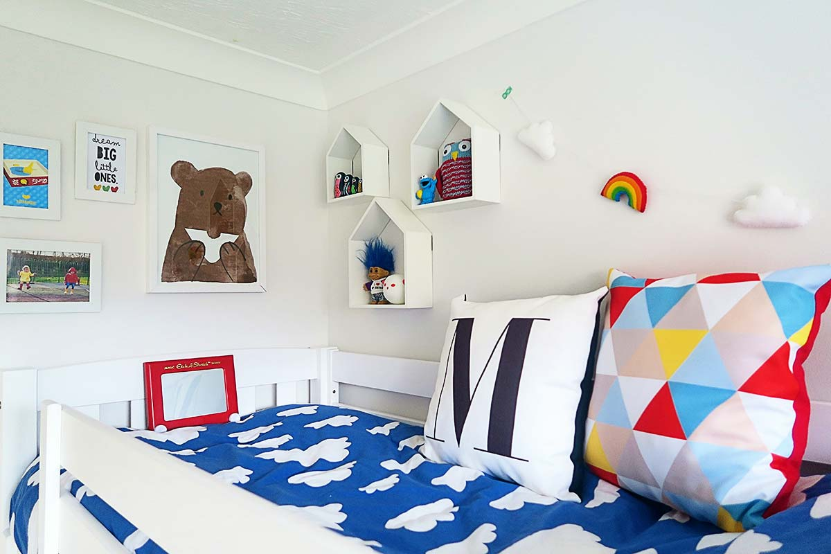Rainbow bedroom 26