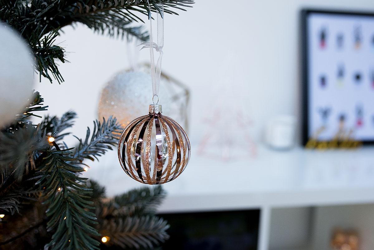 john_lewis_christmas_tree_11