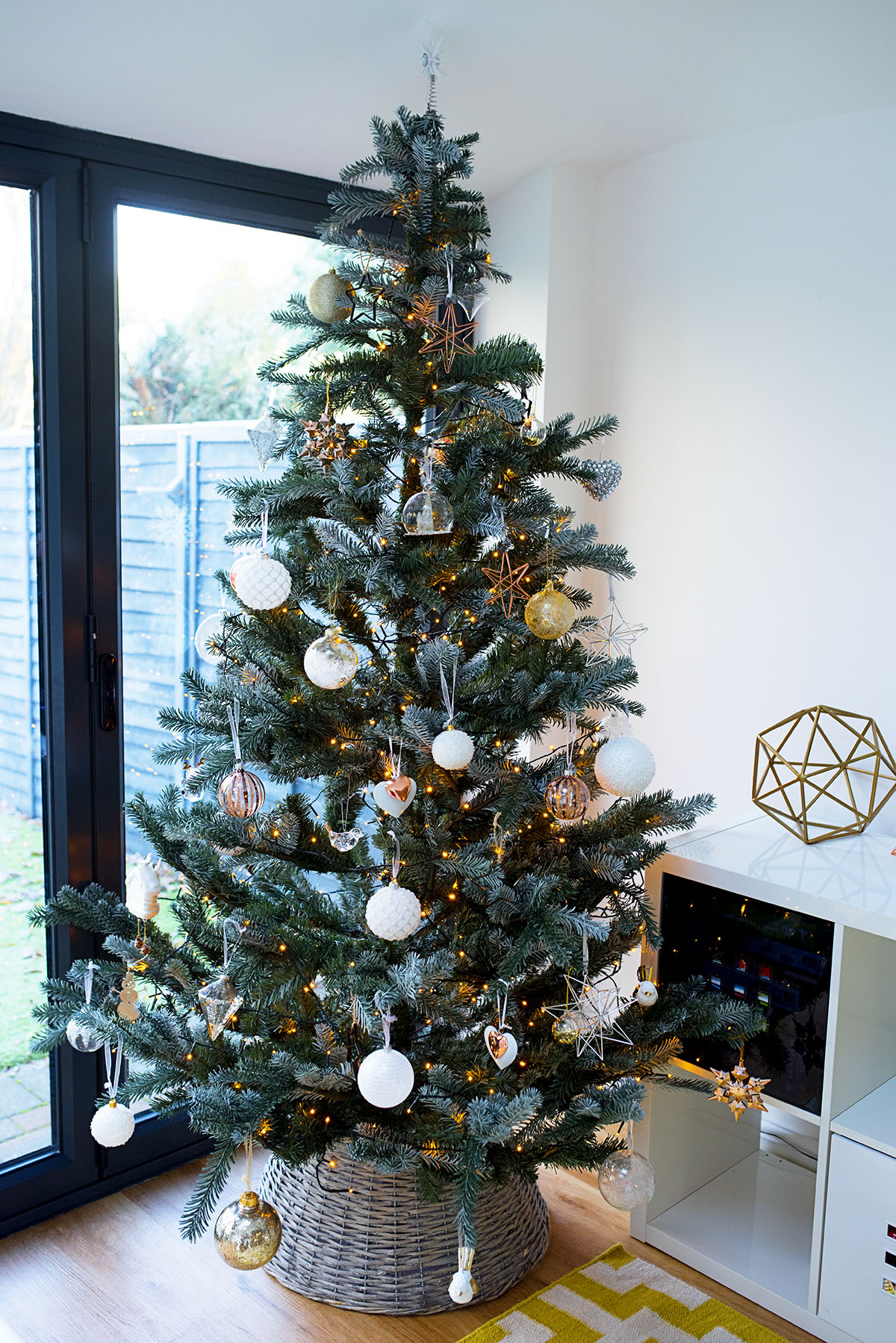 john_lewis_christmas_tree_4