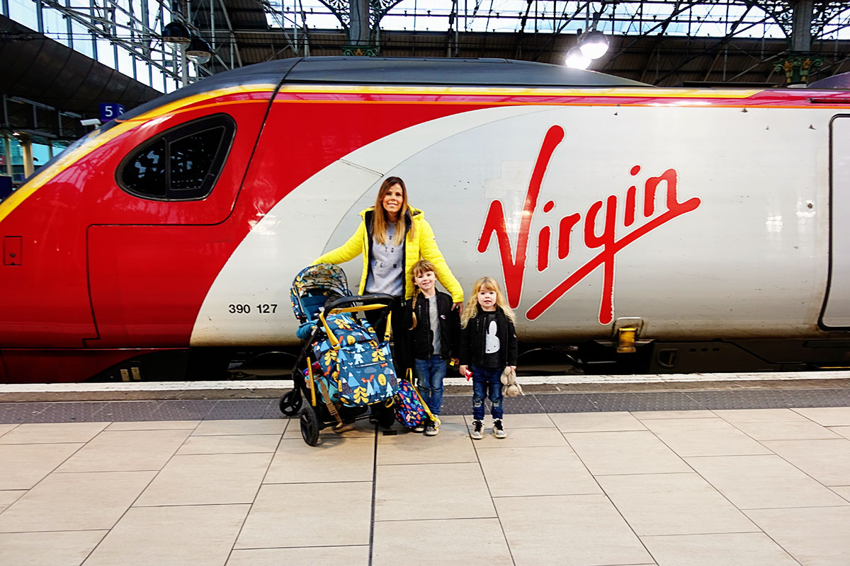 virgin_trains_manchester_zm